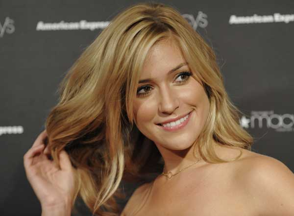 "<div class=""meta ""><span class=""caption-text "">Kristin Cavallari arrives for the 26th Annual Macy's Passport to Fashion gala in Santa Monica, Calif., Thursday, Sept. 25, 2008. ( AP Photo/Chris Pizzello)</span></div>"
